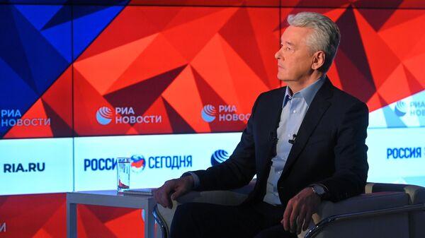 Мэр Москвы Сергей Собянин во время интервью в Международном информационном агентстве Россия сегодня