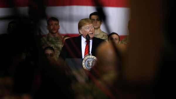 Президент США Дональд Трамп во время визита в Афганистан