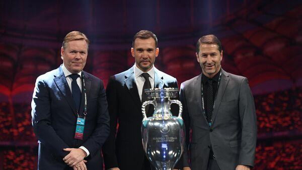 Рональд Куман, Андрей Шевченко и Франко Фода (слева направо)