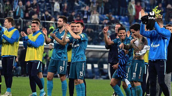 Футболисты Зенита после матча со Спартаком