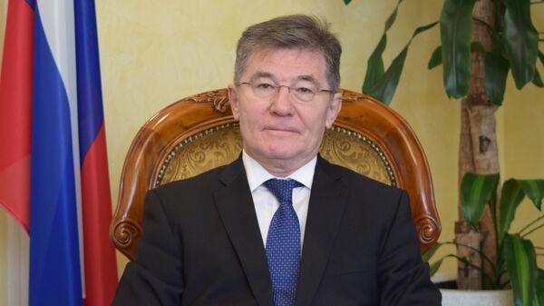 Посол РФ в Монголии Искандер Азизов