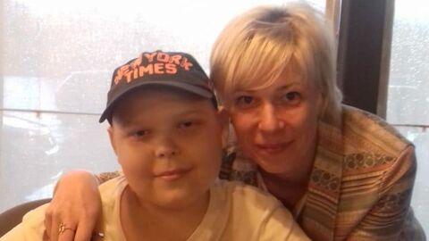 Наталья Дыдышко с сыном после очередного курса химиотерапии