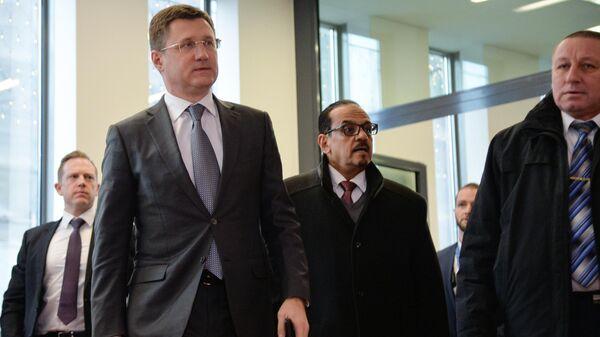 Министр энергетики РФ Александр Новак перед заседанием организации стран-экспортеров нефти в Вене
