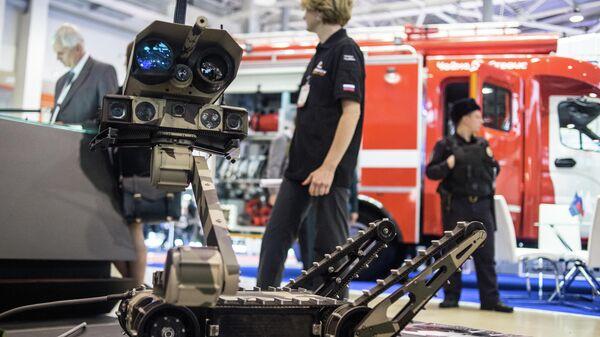Тактический робот Минирэкс РС1А3 компании Lobaev Arms