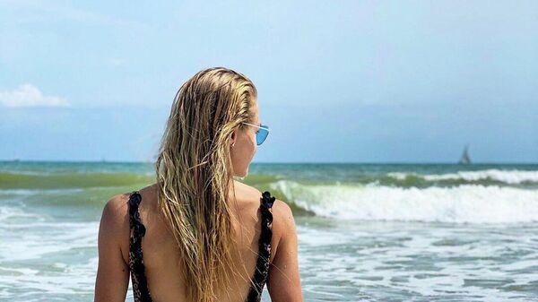Клишина выложила эффектное фото в купальнике