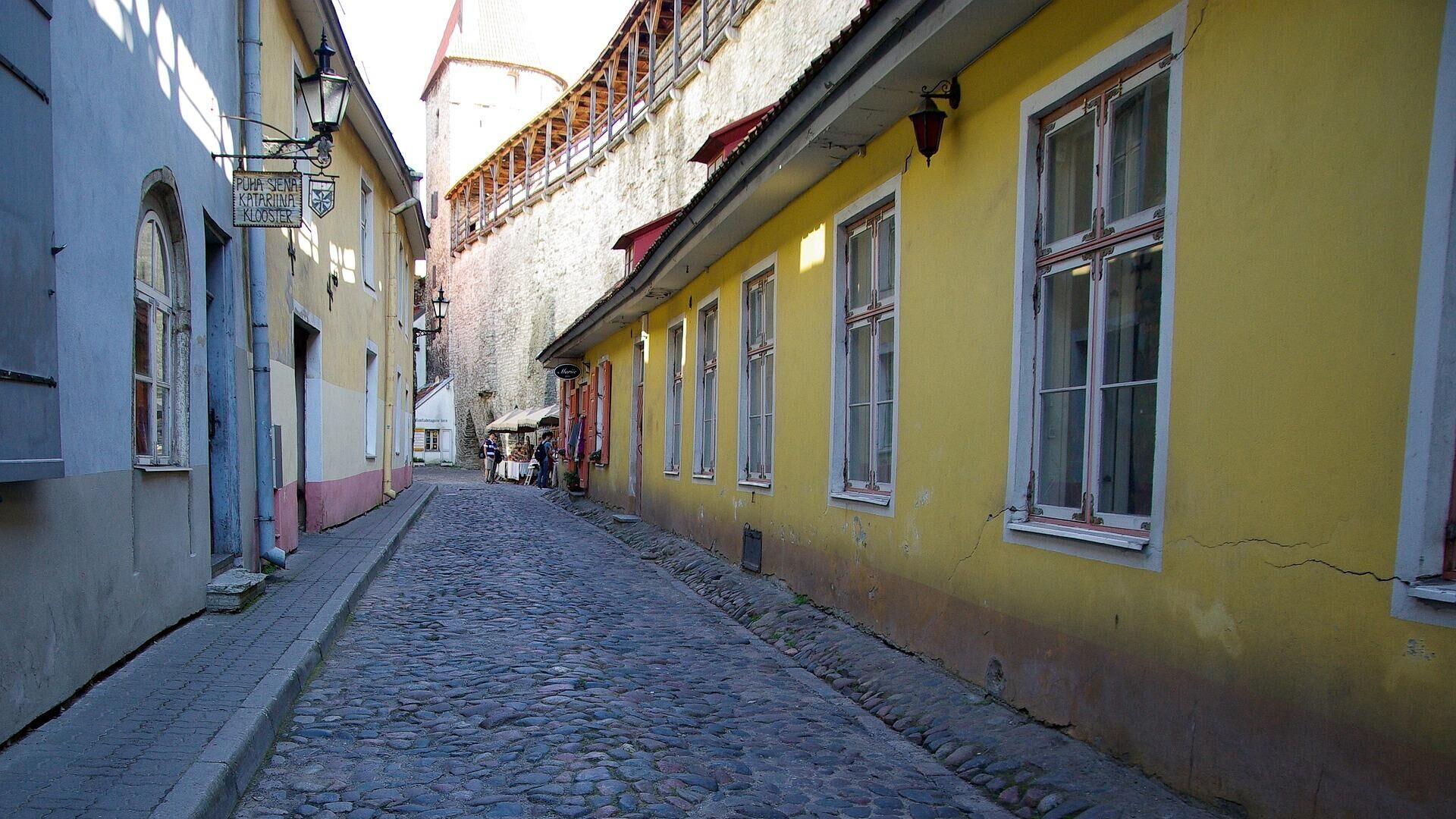 Улочка в старом городе Таллина - РИА Новости, 1920, 12.03.2021