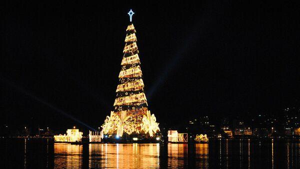 Плавучая елка в Рио-де-Жанейро