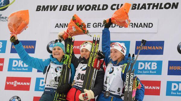 Призеры спринта среди женщин на III этапе Кубка мира по биатлону