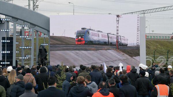 Церемония открытия движения по железнодорожной части Крымского моста