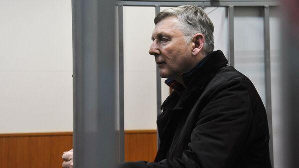 Начальник управления центрального аппарата ФТС России Александр Кизлык в Басманном районном суде Москвы