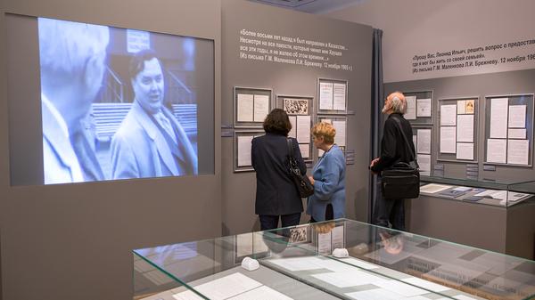 Выставка сопровождается видеоархивами