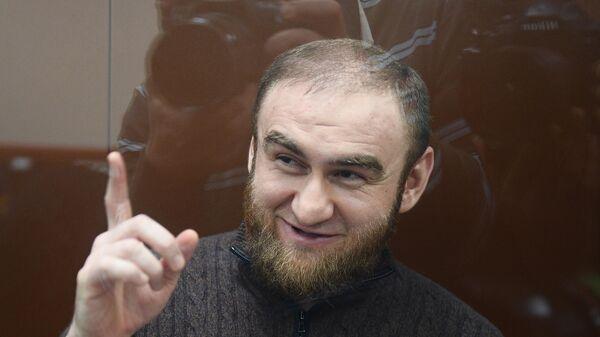 Бывший сенатор от Карачаево-Черкесии Рауф Арашуков на заседании Басманного суда города Москвы