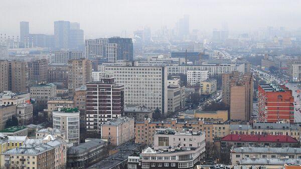 Вид на жилые дома с высотки на Кудринской площади в Москве