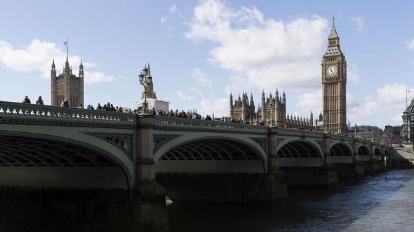 В Великобритании продлили схему компенсации зарплат из-за COVID-19
