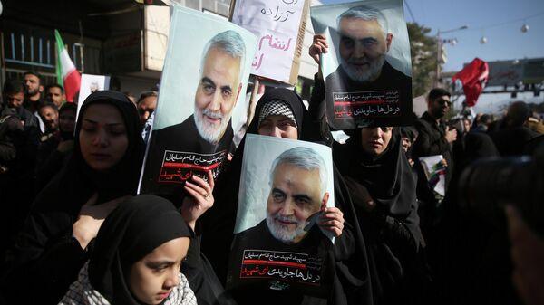 Похороны Кассема Сулеймани в городе Керман