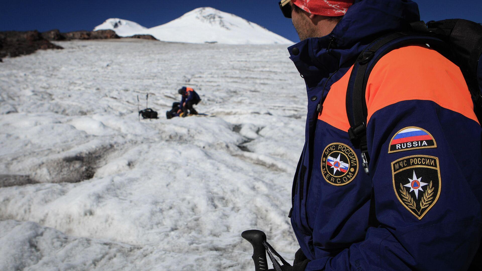 1563283103 0:161:3071:1888 1920x0 80 0 0 758fd96bd5ce27c223af7ba53b5fe096 - Спасатели ищут двух заблудившихся на Эльбрусе альпинистов