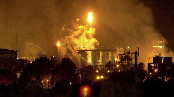 Нанефтехимическом заводе вКаталонии произошел взрыв, есть пострадавшие