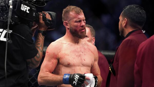 Боец UFC Дональд Серроне