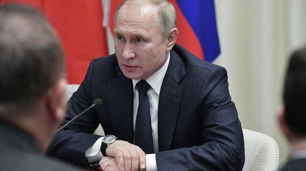 Президент РФ Владимир Путин во время Международной конференции по Ливии в Берлине