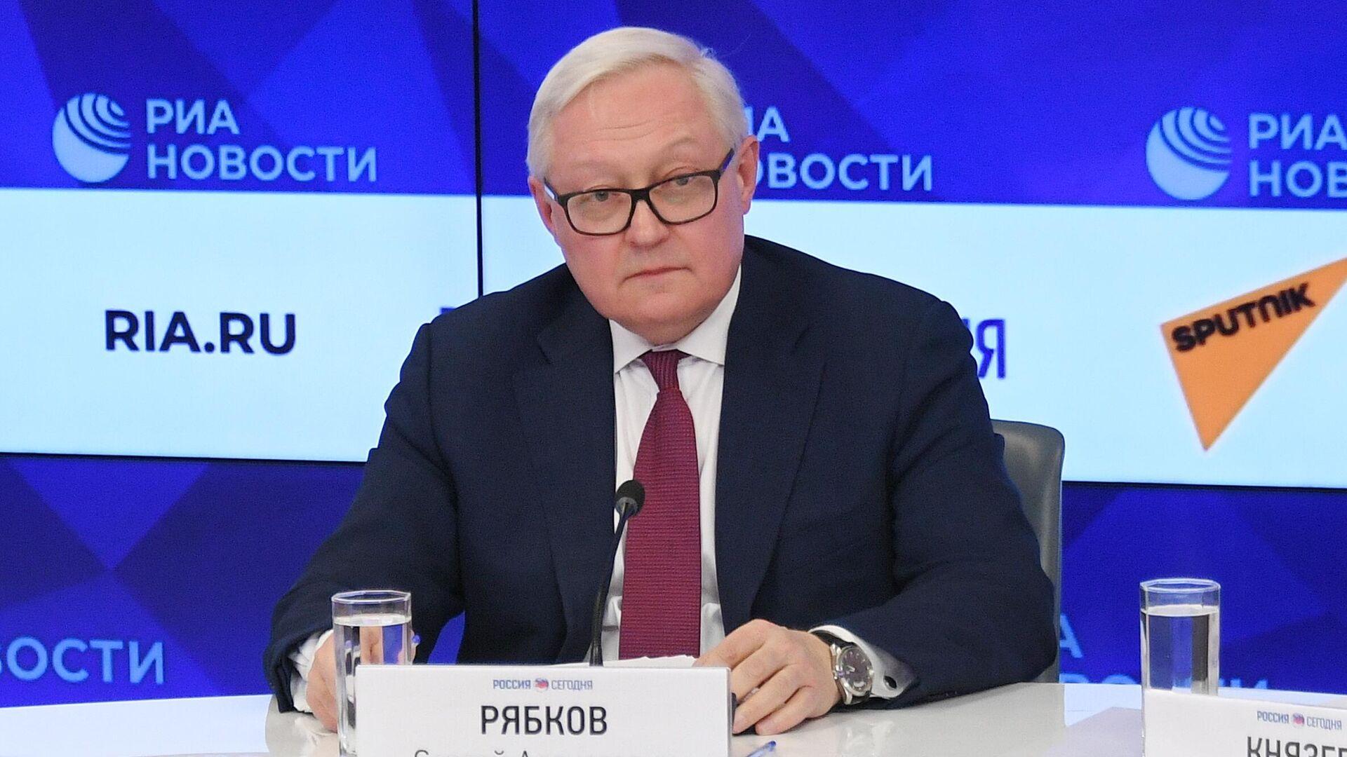 Сергей Рябков на пресс-конференции, посвященной началу председательства России в БРИКС в 2020 году - РИА Новости, 1920, 09.06.2021