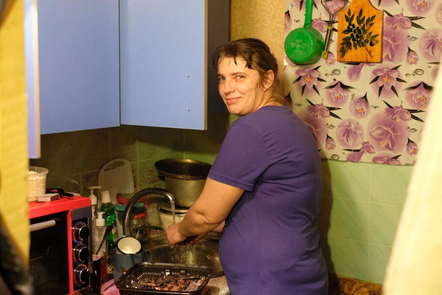 Суп Диана варит десятилитровыми кастрюлями