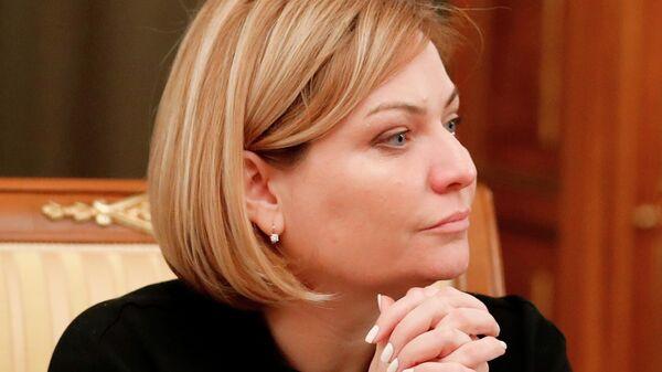 Министр культуры РФ Ольга Любимова перед началом заседания правительства РФ