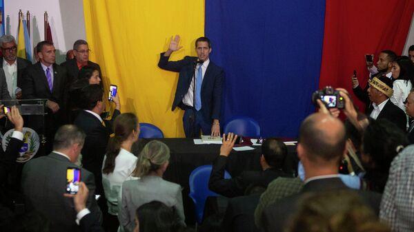 Председатель Национальной ассамблеи Венесуэлы Хуан Гуаидо в Каракасе. 5 января 2020 года