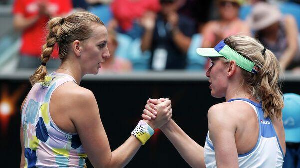 Теннисистки Петра Квитова и Екатерина Александрова после матча третьего круга Australian Open