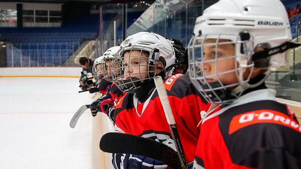 Юные хоккеисты Авангарда