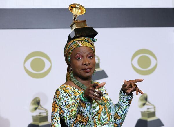 Певица Анжелика Киджо на церемонии вручения премии Грэмми в Лос-Анджелесе