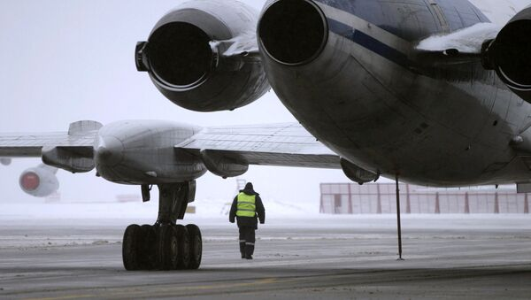 Самолет Cessna австрийских авиалиний аварийно сел накануне вечером в аэропорту Толмачево Новосибирска