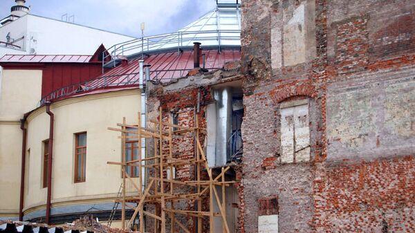 Строительные работы на улице Рождественка