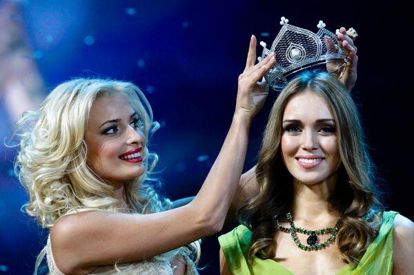 Победительница национального конкурса красоты Мисс Россия — 2007 К. Сухинова из Тюмени