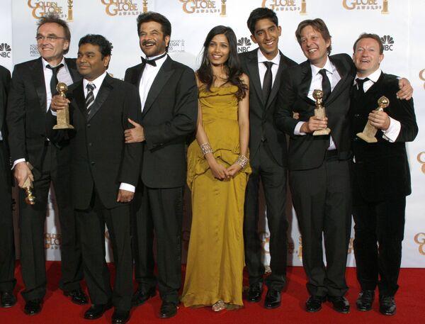 Создатели картины Миллионер из трущоб на церемонии вручения награды Золотой глобус