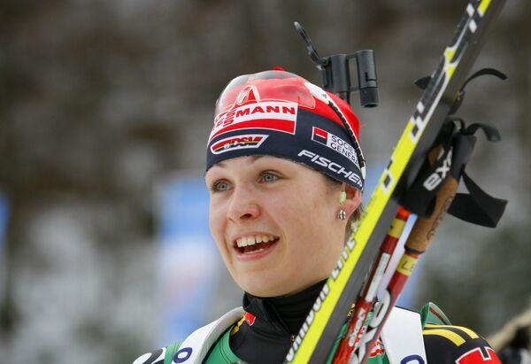 Немецкая биатлонистка Магдалена Нойнер