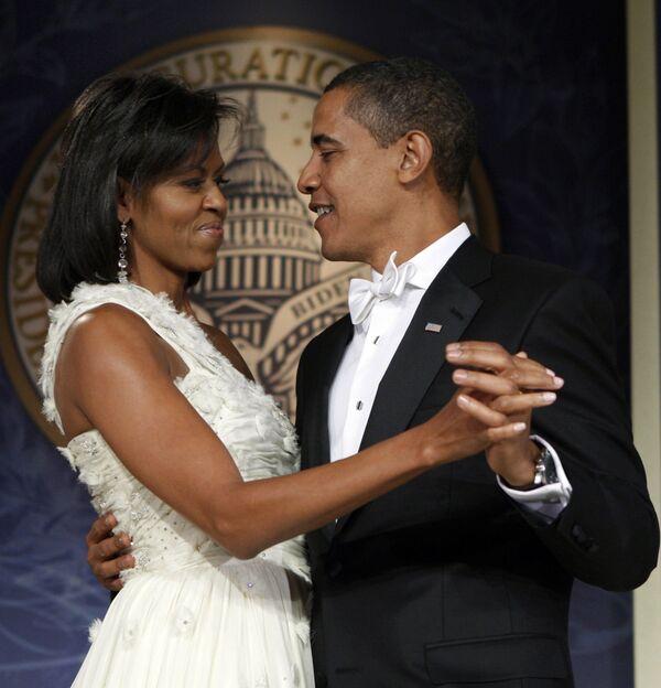 Президент США Барак Обама с супругой Мишель на инаугурационном балу Youth Inaugural