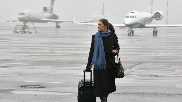 Почти 230 человек не смогли вылететь из Москвы в Париж в понедельник