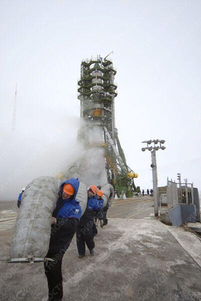 Пуск РН Союз-У с грузовым транспортным кораблем Прогресс М-66 осуществлен с космодрома Байконур