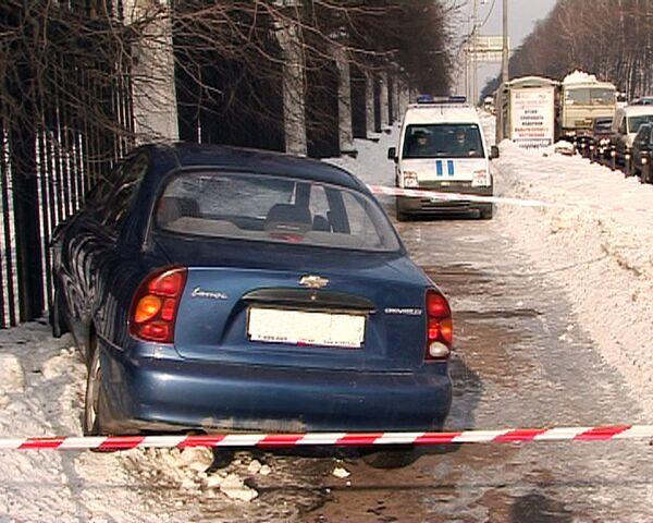 Студентов в Москве сбил угнанный автомобиль - источник