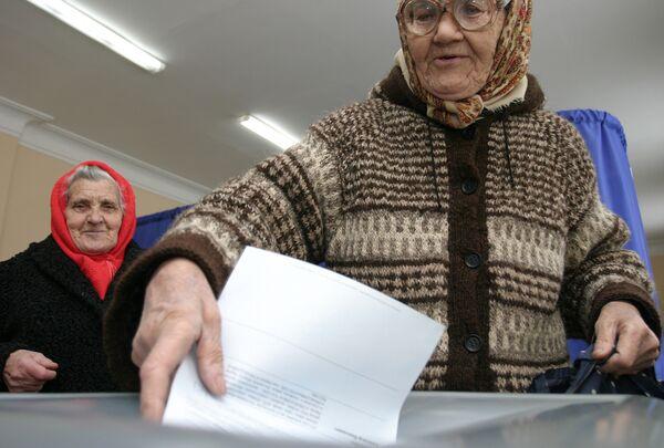 Своего кандидата на выборах президента Украины у России нет, подчеркнул президент России Дмитрий Медведев