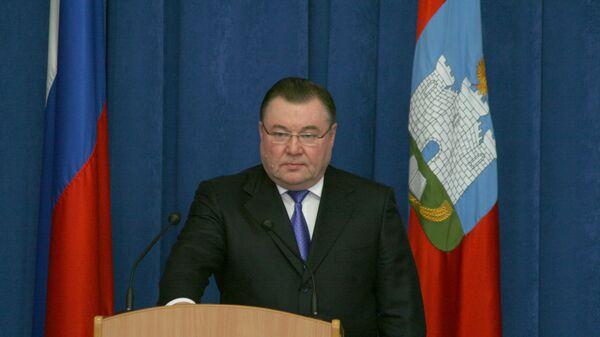 Александр Козлов 27 февраля 2009 года приносит присягу губернатора Орловской области