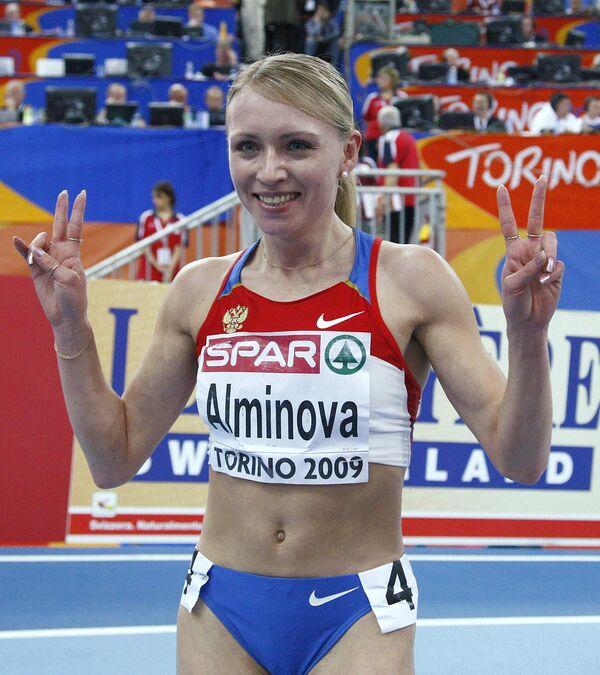 Анна Альминова выиграла золото на дистанции 1500 метров на зимнем ЧЕ по легкой атлетике