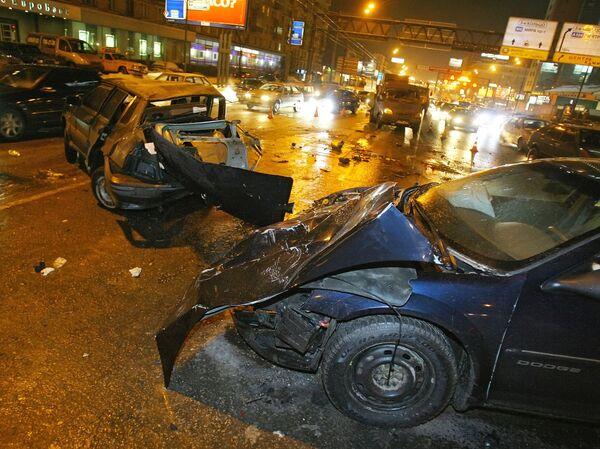 Грузовик столкнулся с легковушкой, погибли две женщины