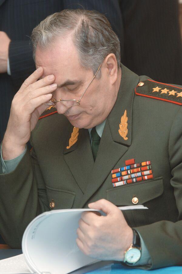 Генерал армии Валентин Корабельников. Архив