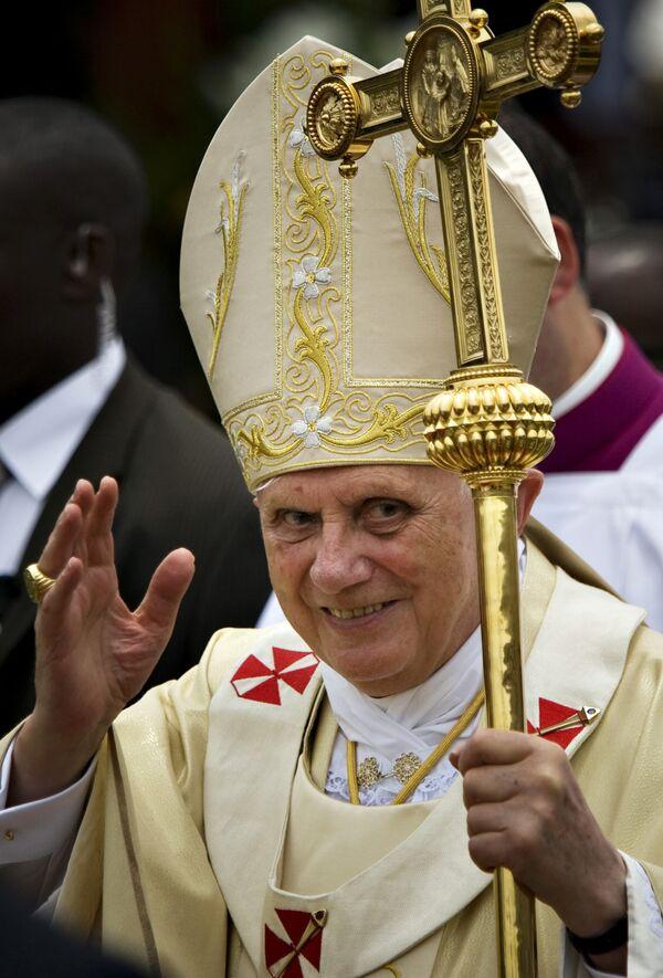 Папа Римский поздравил православных с Пасхой