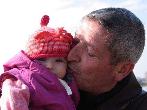Отец Лизы Андре готов отказаться от иска против ее матери - адвокат