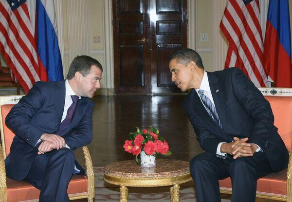 Дмитрий Медведев и Барак Обама. Архив