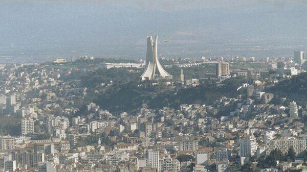 Вид на город Алжир. Архивное фото