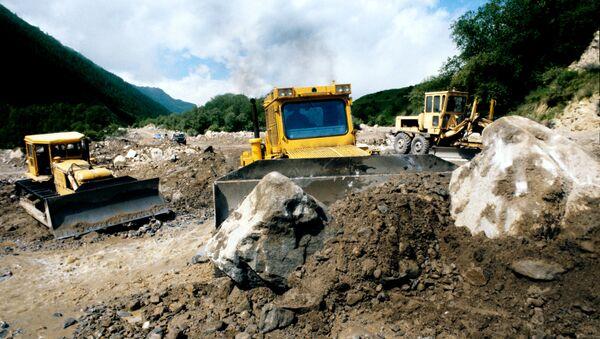 Последствия селевого потока, архивное фото