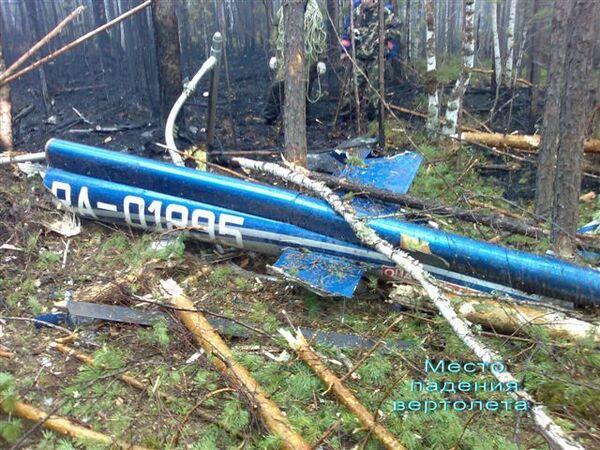 Фото с места падения вертолета Bell 427, на борту которого находился губернатор Иркутской области Игорь Есиповский